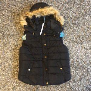 Love Tree Jackets & Coats - New black puffer vest